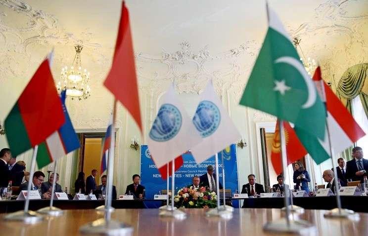 Лидеры стран-участниц БРИКС, ШОС и ЕАЭС проведут в Уфе неформальную встречу 9 июля