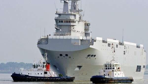 Корабль Севастополь в порту Сен-Назер. Архивное фото