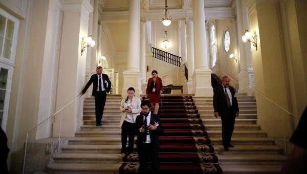 Члены делегаций переговоров по Ирану в Вене. 13 июля 2015