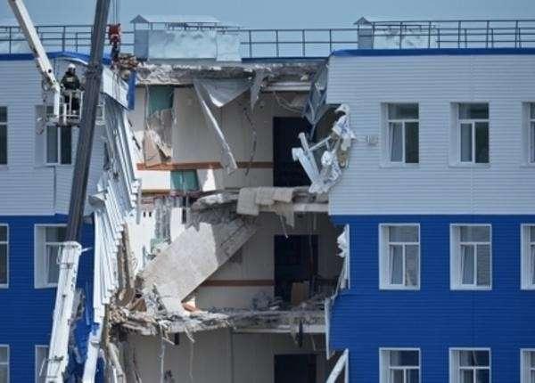 СК РФ: По делу об обрушении казармы в Омске задержан начальник учебного центра