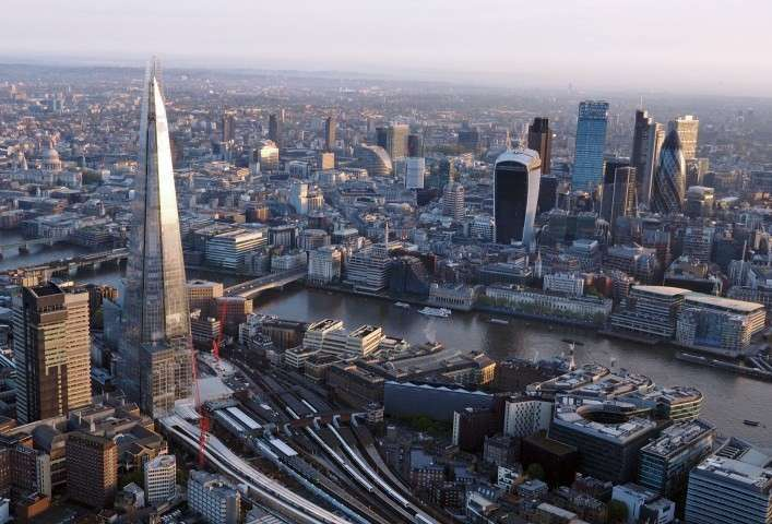 Лондон занимает первое место по объёмам торговли наркотиками и отмыванию денег
