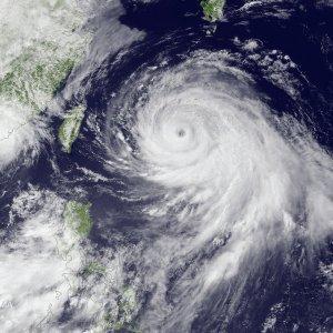 Синоптики: второй за неделю тайфун может накрыть Дальний Восток