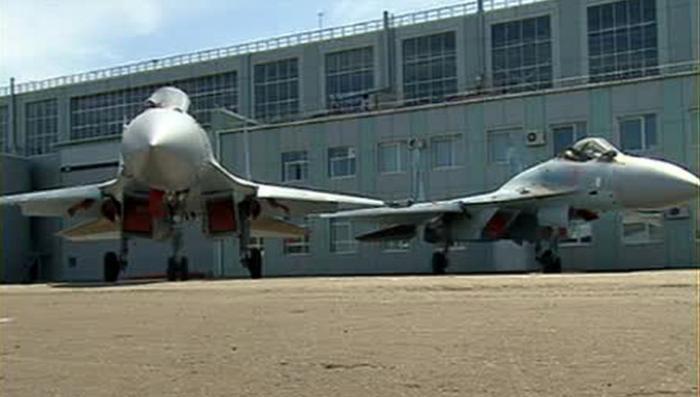 Армия получила от «Сухого» два новейших истребителя Су-35С