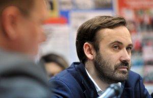 Проворовавшийся депутат Илья Пономарёв объявлен в международный розыск