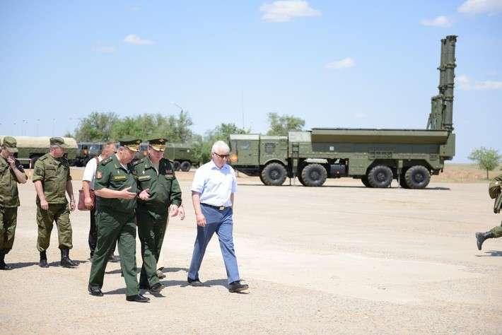 Ввойска поставлен пятый бригадный комплект ОТРК «Искандер-М»