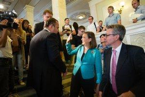 Виктория Нудельман и посол Пайетт проконтролировали послушание Рады самозванцев