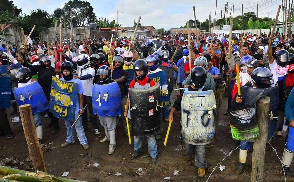 Отряды саомобороны в Бразилии