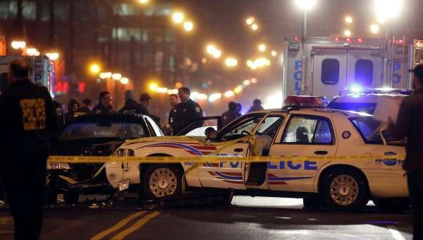 Сотрудники правоохранительных органов расследуют инцидент со стрельбой. Архивное фото