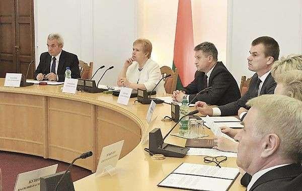 Центризбирком Беларуси завершил приём документов от инициативных групп