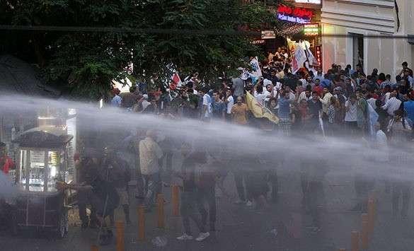 Турция, Стамбул, протест