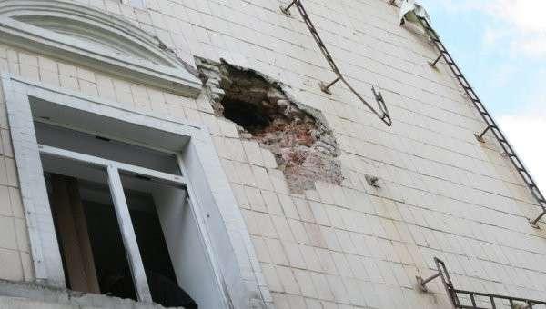Вечером 18 июля формирования, по недоразумению называющиеся вооруженными силами Украины, обстреляли Донецкую городскую больницу №23, которую после обстрелов осенью 2014 г. только в июне закончили восстанавливать