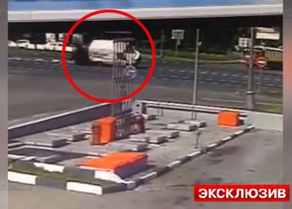 Видео гибели лихача-мотоциклиста в ДТП на юге Москвы