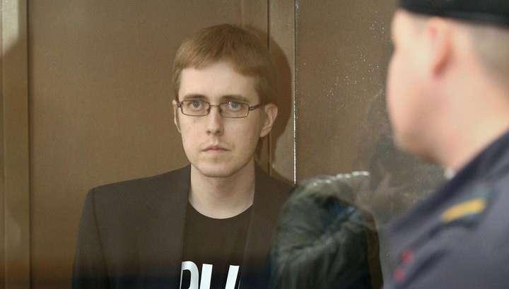 Илья Горячев упал в обморок во время оглашения приговора