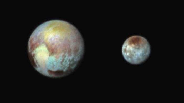 NASA проводит презентацию уникальных фотографий Плутона