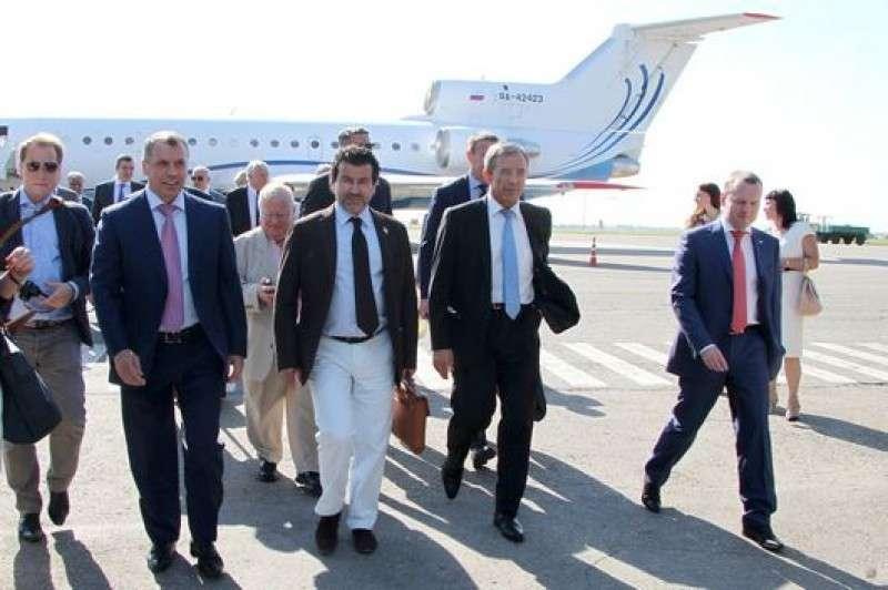 Французские депутаты призвали Европу признать крымский референдум