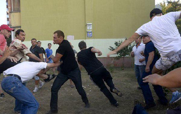 Черниговский предвыборный цирк с драками