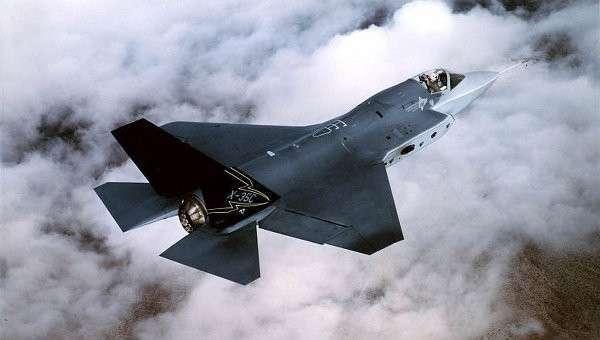 Истребитель F-35 , Архивное фото