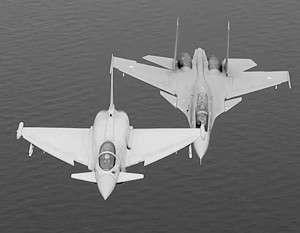 Британия и Индия сымитировали воздушные бои между Typhoon и Су-30