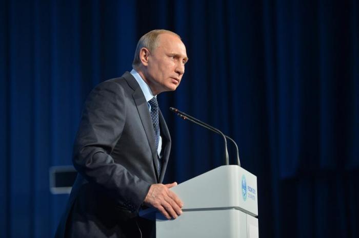 Владимир Путин подчеркнул, что остаётся немало вопросов к расследованию крушения Боинга МН17