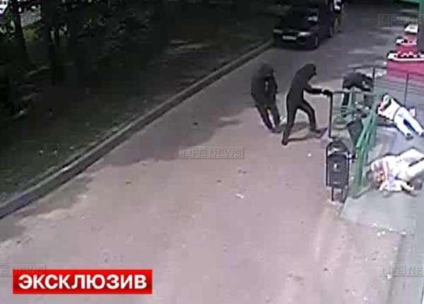 Налётчики в упор расстреляли клиентов Сбербанка в Москве