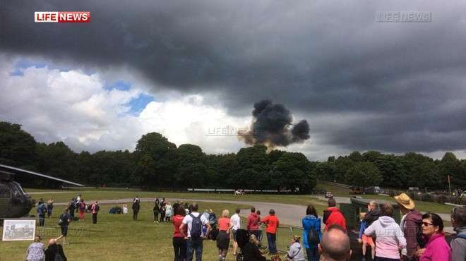 На фестивале в Великобритании упал самолёт