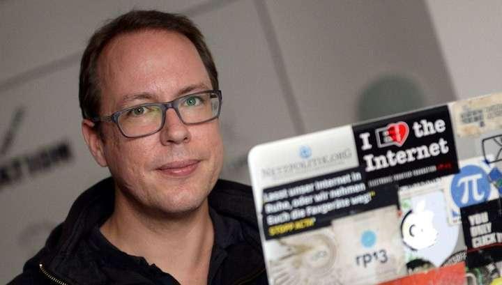Немецкие политики призвали генпрокурора уйти в отставку после скандала с журналистами