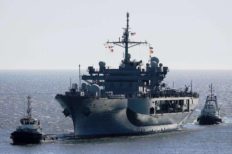 Возгорание на флагмане американского 6-го флота