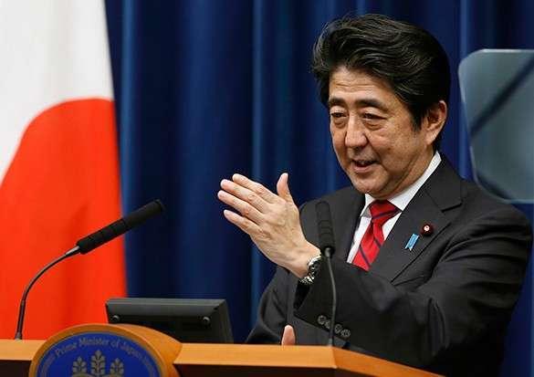Япония недовольна слежкой за Абэ