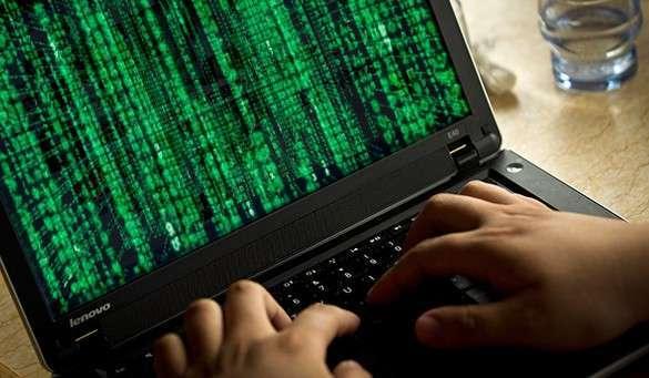 ноутбук и зеленый цифровой фон