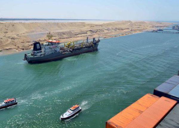 В Египте открывается новое русло Суэцкого канала