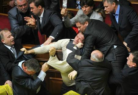 Лучшие драки Верховной Рады опубликовал украинский телеканал