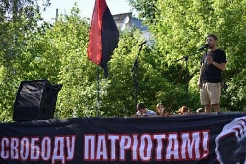 Укро-бандиты, называющие себя патриотами, требуют наградить убийц Олеся Бузины