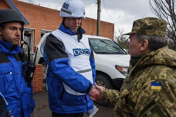 ОБСЕ в Донбассе не только наблюдает, но и корректирует огонь карателей