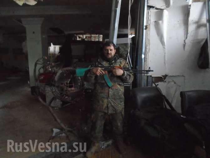 «Полный дебил» — рассказ «бойца АТО» про визит Турчинова на позиции ВСУ в Авдеевку | Русская весна