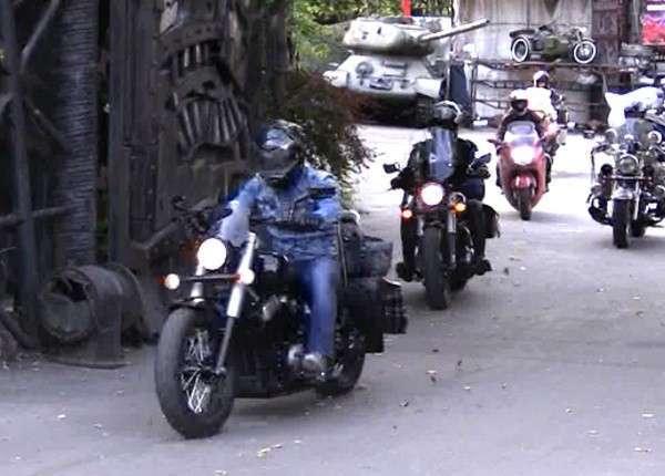 Байкеры из разных стран мчатся «дорогами Победы» на шоу в Севастополь