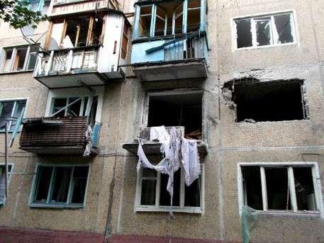 Каратели ведут ночной артиллерийский обстрел Донецка