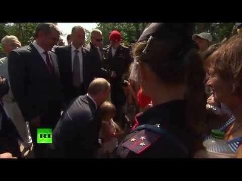Владимир Путин встретился с жителями Севастополя