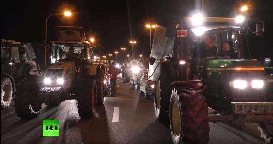 Бельгийские фермеры перекрывают дороги, требуя повышения закупочных цен