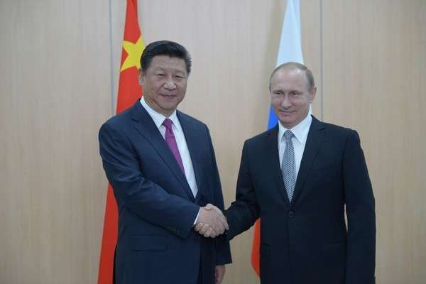 КНР: Владимир Путин будет самым уважаемым гостем на Дне Победы в Пекине
