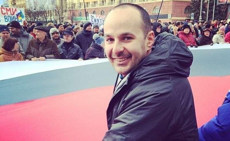 ДНР, ЛНР и прочие НР никому не нужны, нам нужна Великая Россия