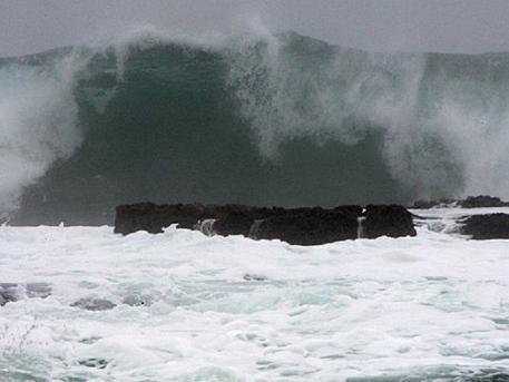 Супертайфун «Гони» надвигается на Владивосток