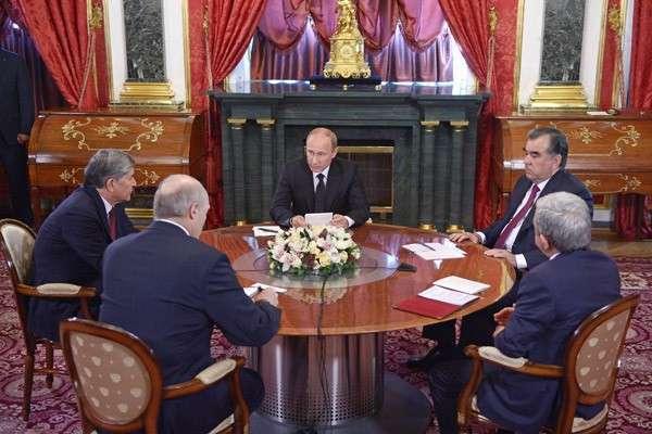 Военный совет в Москве