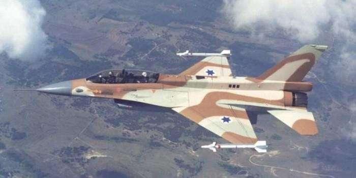 Сирийская ПВО сбила израильский истребитель в небе над Сирией