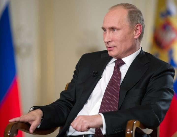 Опрос: В верности решений Путина уверены 83% россиян