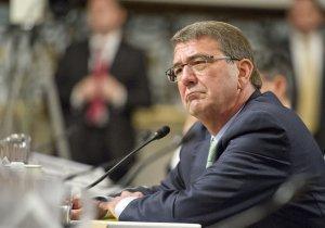Подпевала Картер: у США два главных врага – ИГ и Россия