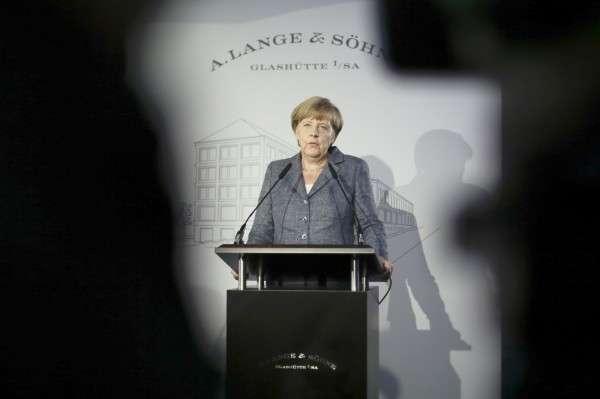 Меркель хочет и «рыбку съесть», и санкции сохранить
