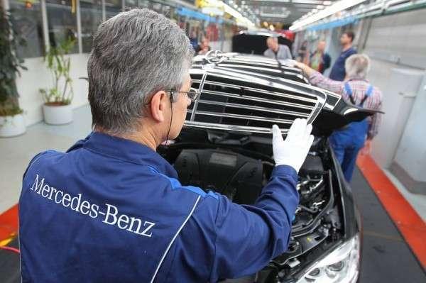 Daimler продолжает торговаться со Смольным, требуя большие преференции