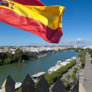 Испания вызвала гнев Лондона, пустив в свой порт российскую подлодку