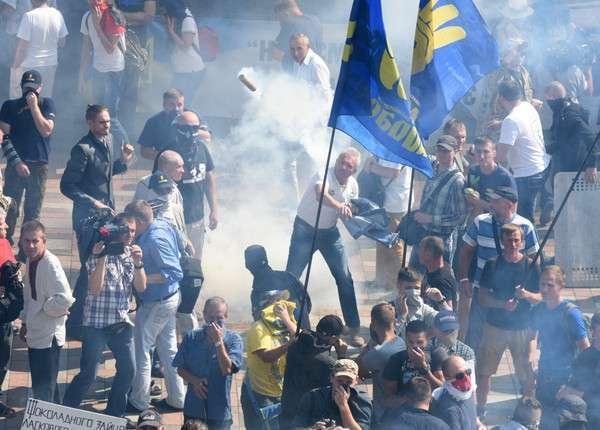 Хунта постарается обвинить Москву в беспорядках в Киеве