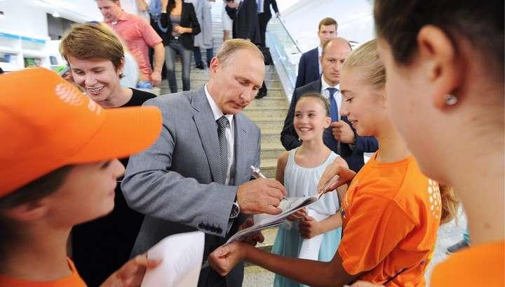 Президент настроил юные таланты «Сириуса» на победу